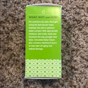 control corrective Other - Ceramide Daily Cream